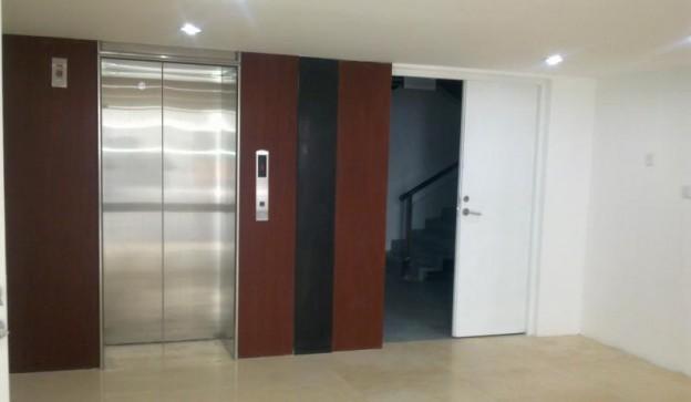 武定881创意园电梯