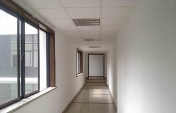 景裕创意园走廊