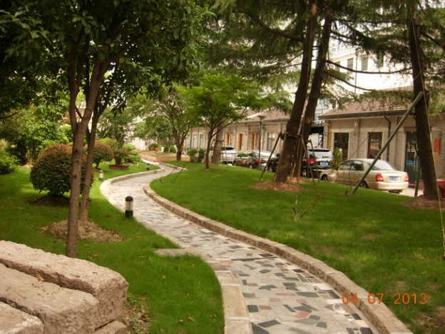 景源创意园中庭